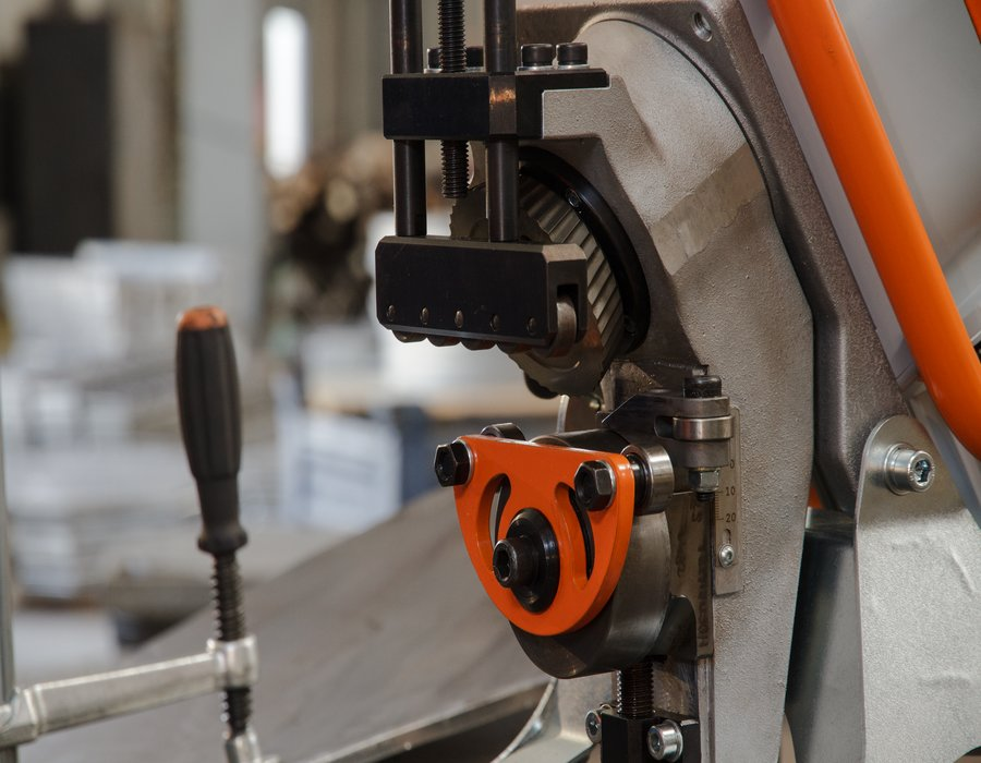 Laskantenfreesmachine UZ 12 High Speed beveler, ultra light bij Kernboor in Alphen aan den Rijn